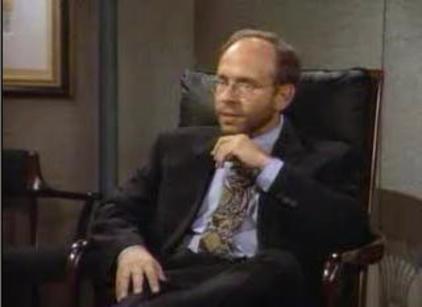 Watch Seinfeld Season 4 Episode 24 Online