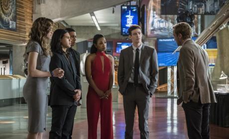 Fancy Party - The Flash Season 3 Episode 10