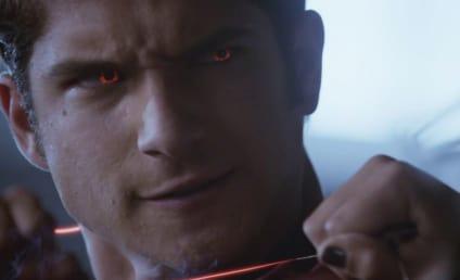 Teen Wolf at Comic Con: Stars on Derek Losing Power, Scott/Kira... and Wolf Boners?