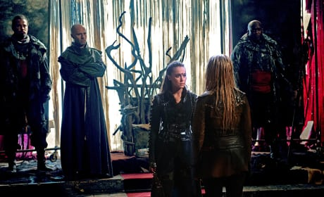 In the Throne Room - The 100 Season 3 Episode 6