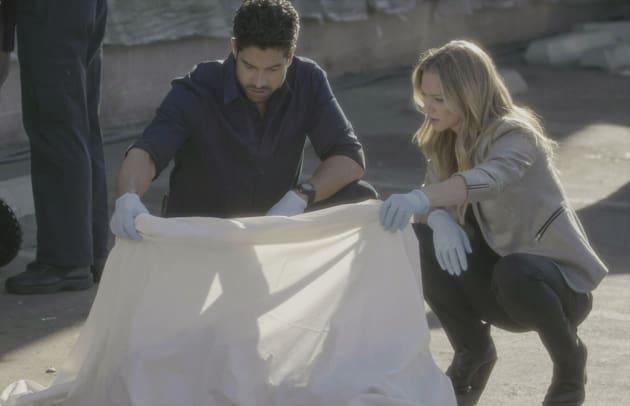 Identifying the Victims - Criminal Minds Season 12 Episode 12