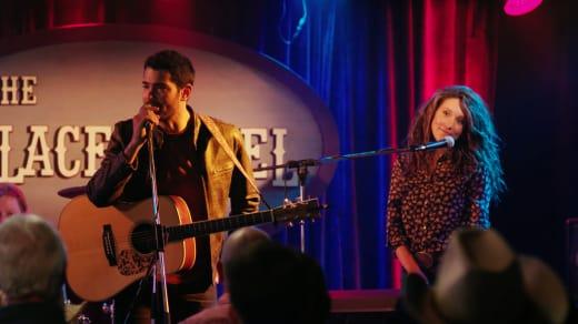 Trace Riley Band - Chesapeake Shores Season 3 Episode 5