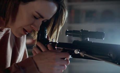 Ally Has a Gun! - American Horror Story