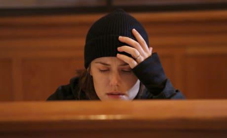 Praying - The Blacklist Season 5 Episode 9