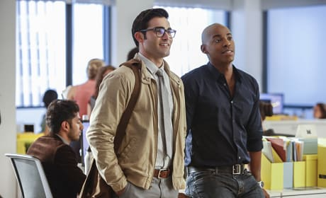 Clark and James - Supergirl Season 2 Episode 1