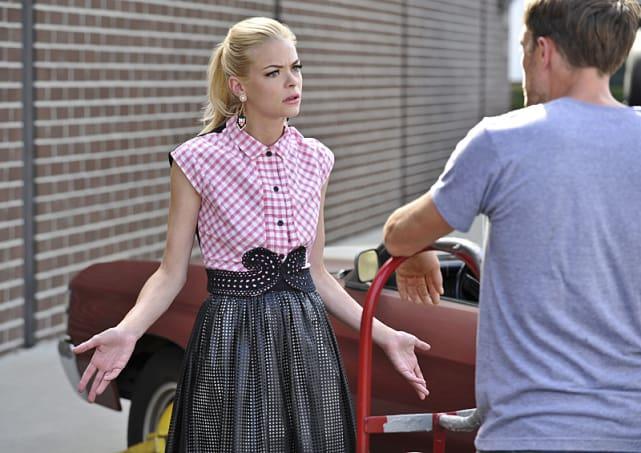 Lemon and Wade Talk - Hart of Dixie Season 4 Episode 10