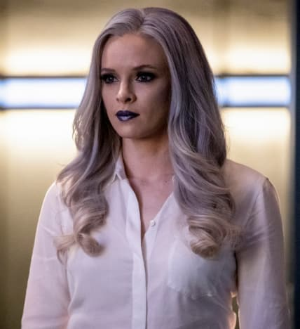 Killer Frost Looking Gorgeous - The Flash Season 5 Episode 10