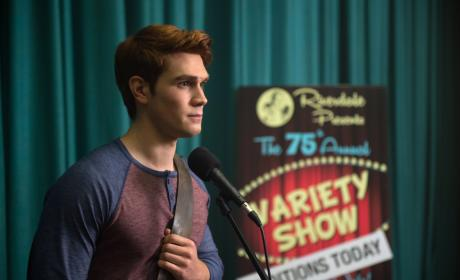 """Riverdale Photos from """"Chapter Six: Faster, Pussycats! Kill! Kill!"""""""