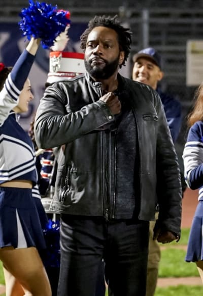 Supporting Spencer - All American Season 1 Episode 16