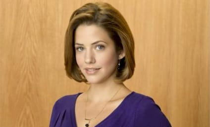 Julie Gonzalo to Appear on Castle