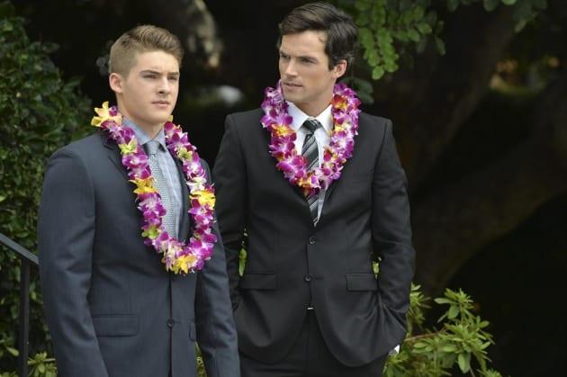 Mike Says Goodbye - Pretty Little Liars Season 5 Episode 14