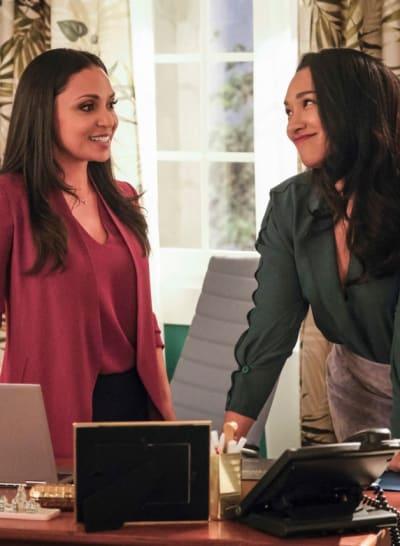 Cecile and Iris Work Through The Clues - The Flash Season 5 Episode 20