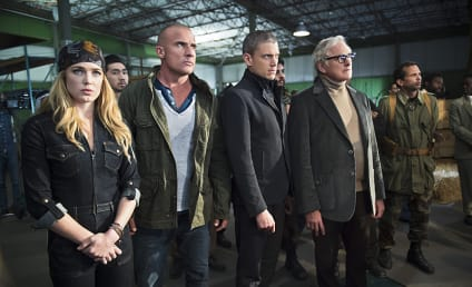 DC's Legends of Tomorrow Photo Preview: An ATOMic Mistake!