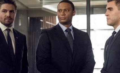 Watch Arrow Online: Season 5 Episode 12