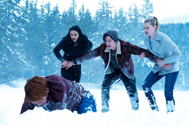 Disaster Among Friends - Riverdale Season 1 Episode 13