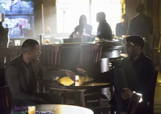 Comparing Notes - The Originals Season 4 Episode 13