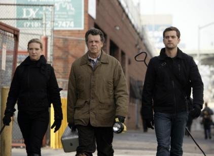 Watch Fringe Season 1 Episode 16 Online