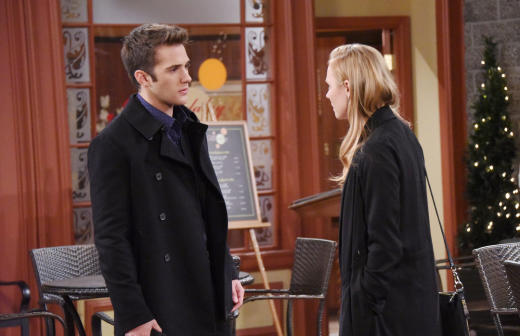 JJ Investigates a Kidnapping - Days of Our Lives