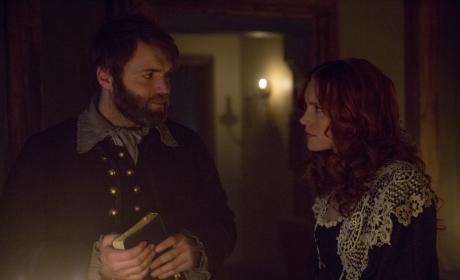 Cotton and Anne's Gaze - Salem Season 3 Episode 5