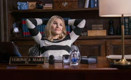 Veronica Mars Review: Darkness Descends on Neptune in Hulu Revival