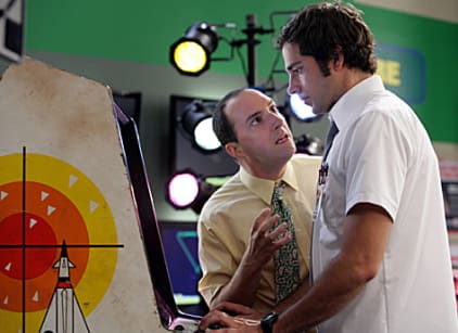 Watch Chuck Season 2 Episode 5 Online