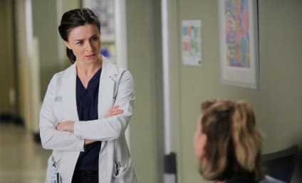 Grey's Anatomy Photos: Is Meredith Freaking Out?