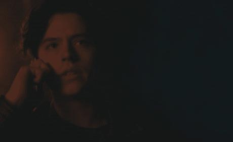 Saying Goodbye - Riverdale Season 2 Episode 21