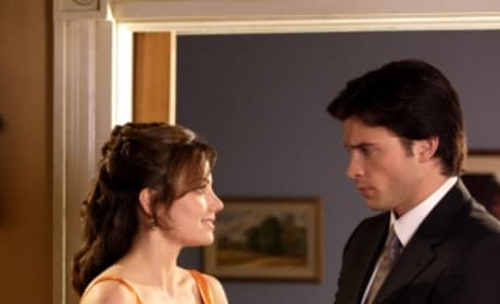 Lois Helps Clark With His Cufflings