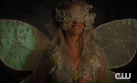 Petra Tooth Fairy  - Jane the Virgin Season 4 Episode 13