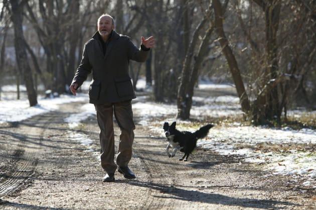 Just Walking My Dog - The Blacklist: Redemption Season 1 Episode 3