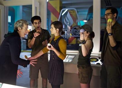 Watch Doctor Who Season 9 Episode 3 Online