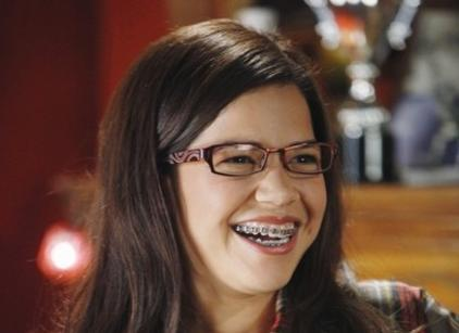 Watch Ugly Betty Season 4 Episode 9 Online