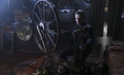 Once Upon a Time Photo Preview: Spinning Gold