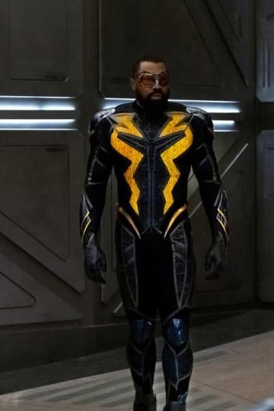 Black Lightening Joins  - The Flash Season 6 Episode 9