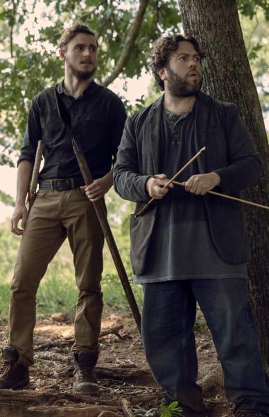 Something Lurks - The Walking Dead Season 9 Episode 9