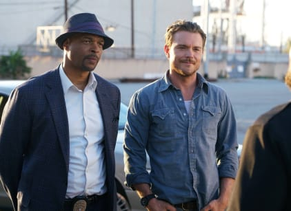 Watch Lethal Weapon Season 1 Episode 1 Online