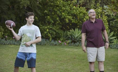 Luke and Jay Playing Football - Modern Family Season 6 Episode 17