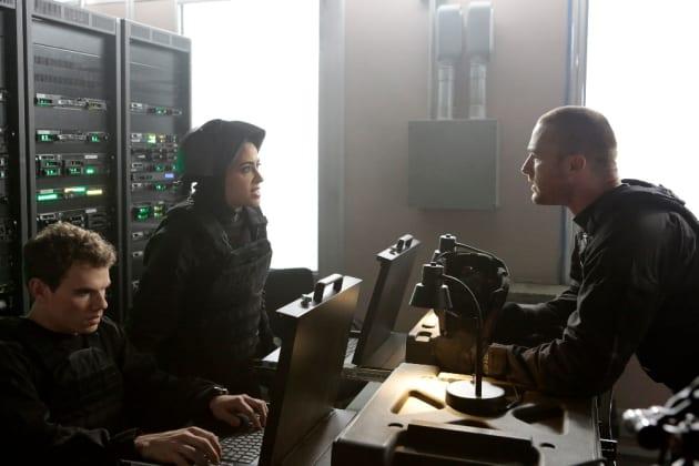 Tensions Running High - Quantico Season 2 Episode 10