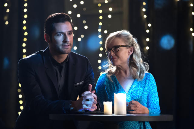 A Night Out - Lucifer Season 2 Episode 16