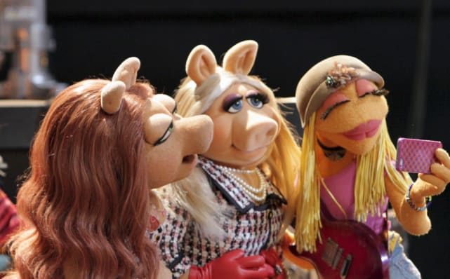 Miss piggy is furious the muppets