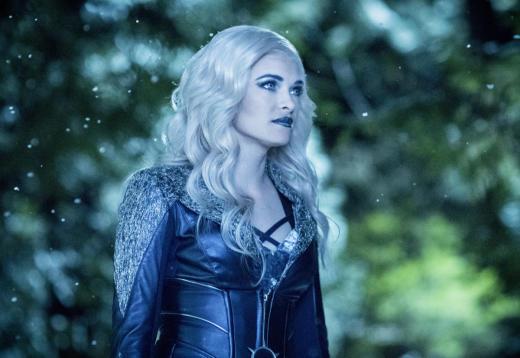Let It Snow - The Flash Season 3 Episode 22