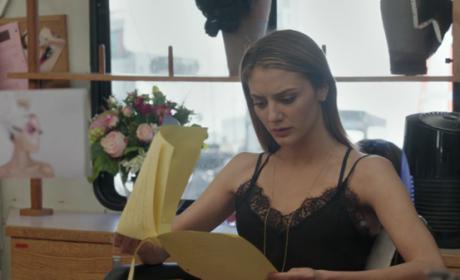 Makeup Room - The Arrangement Season 1 Episode 8