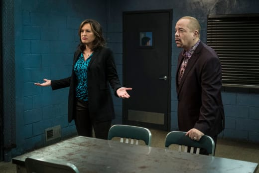 Law Order Svu Season 16 Episode 15 Review Undercover Mother Tv