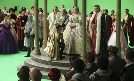 Kneeling Before the Queen - Once Upon a Time Season 6 Episode 10