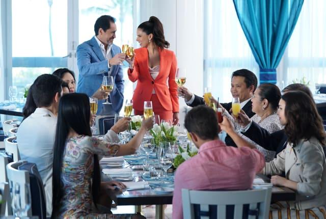 Watch Grand Hotel Season 1 Episode 1 Online Tv Fanatic
