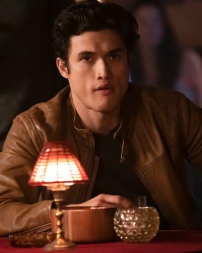 Workplace Romance - Riverdale Season 3 Episode 10