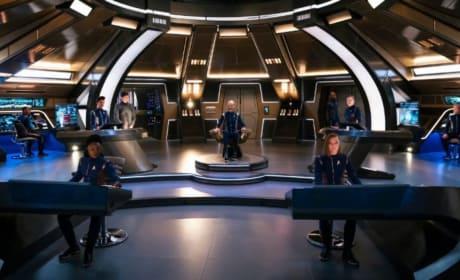 The Bridge of the Discovery - Star Trek: Discovery Season 2 Episode 1