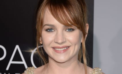 Britt Robertson Joins Shondaland Series 'For the People'