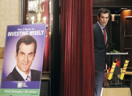 Watch Modern Family Season 3 Episode 12 Online