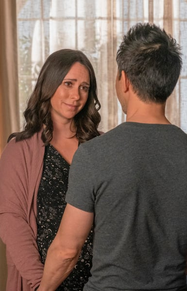 Talking Things Out - 9-1-1 Season 4 Episode 8